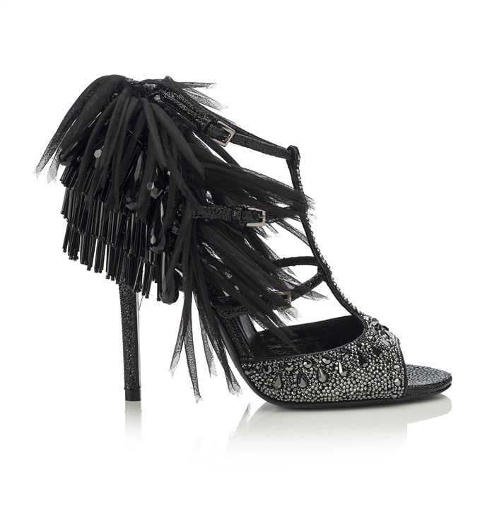 Brillanti e code di pavone per un sandalo da Grande Gatsby