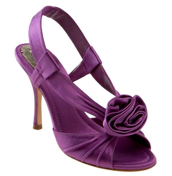 Scarpe viola da indossare sottoa bito lungo, Maxstudioscent