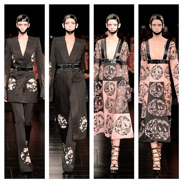 Completi/kimono vs. leggeri abiti stampati: le contraddizioni materiche dei look 25-28 McQueen SS 2015 - photo credits  @worldmcqueen on instagram