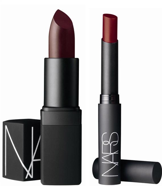 Semi Matte Lipstick 413 BLKR e Pure Matte Lipstick Vesuvio rossetti rosso scuro dall'effetto matt_Nars