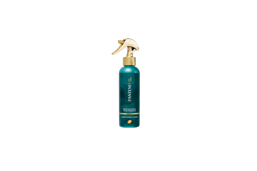 Per proteggere i capelli rossi dal calore di piastra e phon è consigliabile un prodotto termoprotettore come Pantene  Spray Lucentezza Termo Protezione