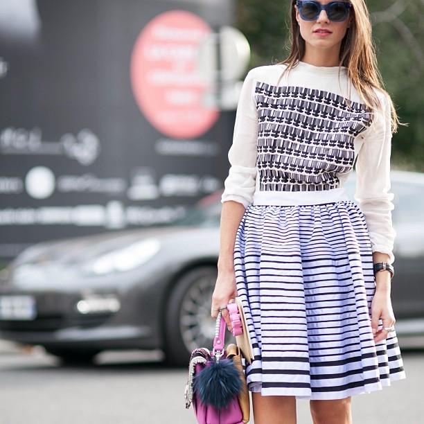 Rigati e stampati geometrici per un outfit delizioso. #streetstyle PFW september 2014 - photo credits @pero_k on instagram