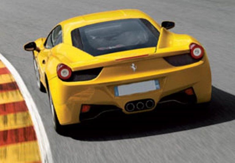 Un giro in Ferrari con Regali Ideali a partire da 39 Euro
