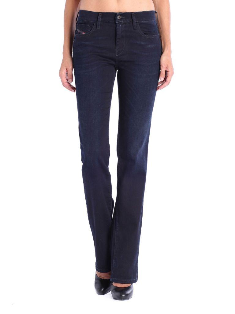 Scuri e a zampa: sono i jeans Diesel per l'AI 2014/15