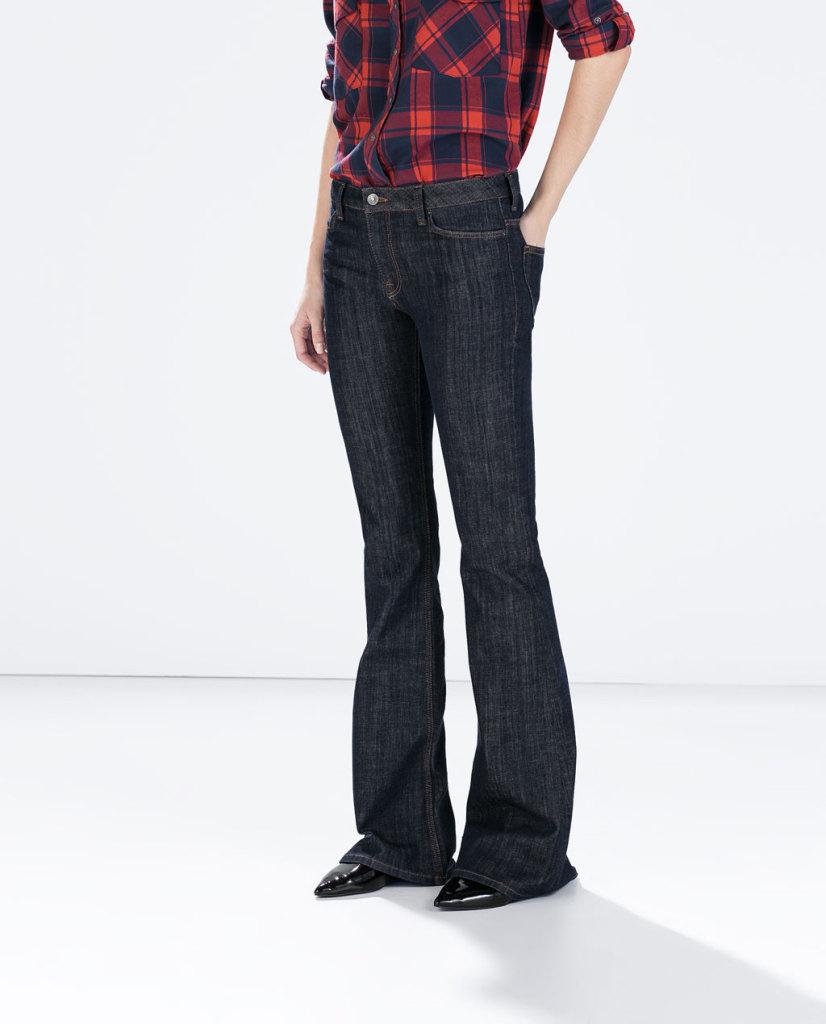 I modelli flare sono un must per Zara