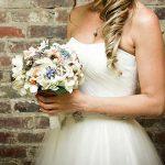 Bouquet gioiello di Rusticcreek, via Etsy.
