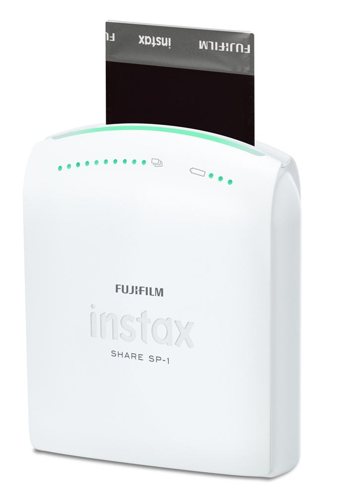 Instax Share SP-1, condividi gli scatti del tuo cellulare in un modo nuovo, ma altrettanto vitage!
