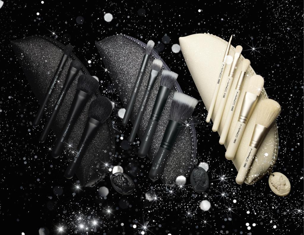 Della linea Keepsakes fanno parte i Brush Kit Mineralize, Studio e In Extra Dimension