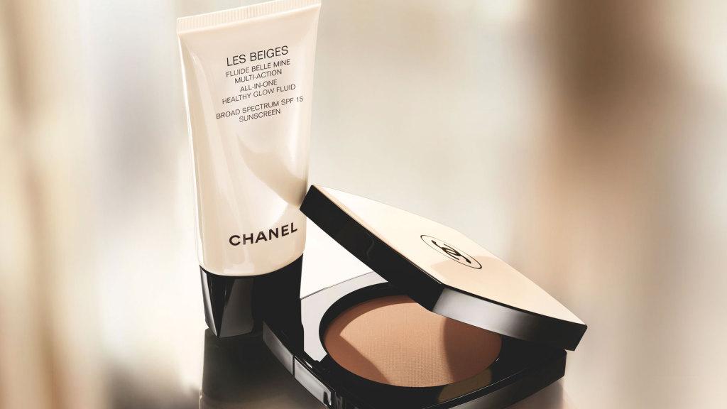 ... su cui applicare il fluido e la cipria della linea Les Beiges di Chanel