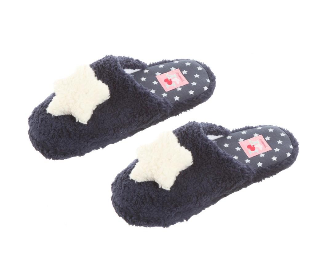Calde pantofole Yamamay della linea I love snowflakes,9,99 €