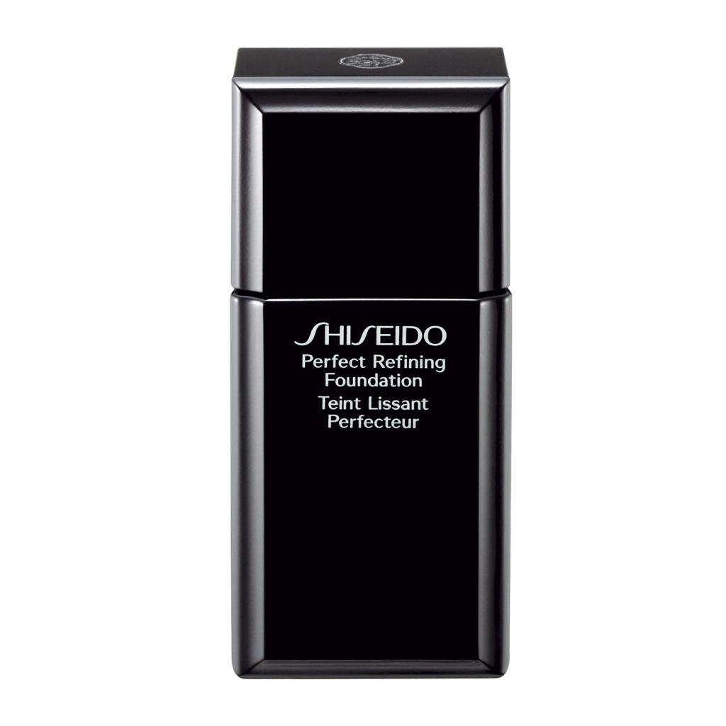 ... e il fondotinta di  Shiseido Perfect Refining Foundation