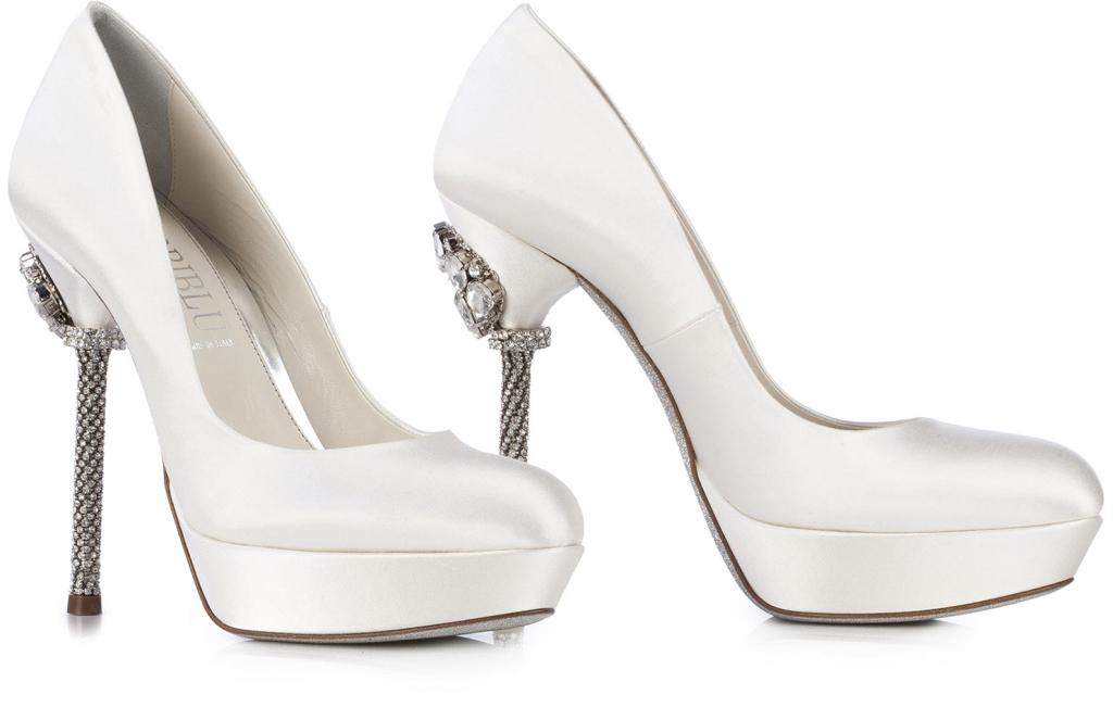 buy popular 41b41 04860 Scarpe sposa online: ecco come acquistare | UnaDonna