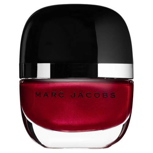 Mood natalizio per lo Smalto Brillante Enamored nella nuance Desire di Marc Jacobs