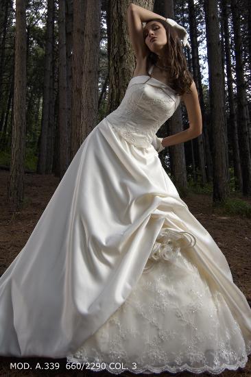 Magnani romantiche spose, abiti da favola