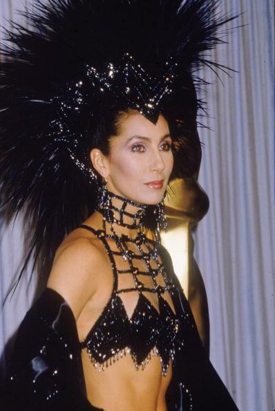 Cher agli Academy Awards nel 1986.