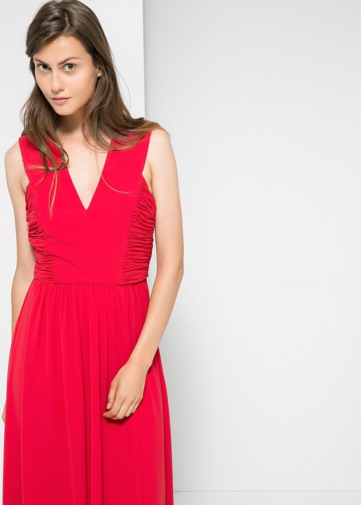 ... di abito  un vestito lungo per una serata super elegante in un locale  con amici o una cena romantica o puntare su un minidress per una serata in  ... 21c59aae1c2