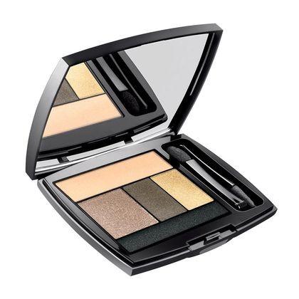 una palette composta da 5 colori dal beige, all'oro al nero,  ideale per i make up