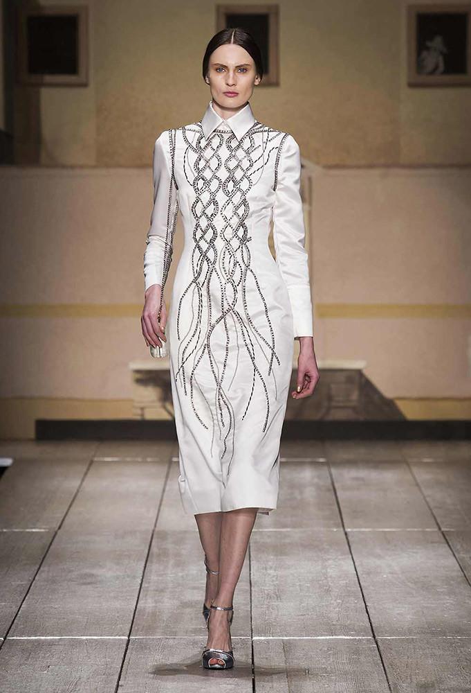 Laura Biagiotti in passerella la nuova collezione AI 2014 2015 e il bianco, eleganza intramontabile