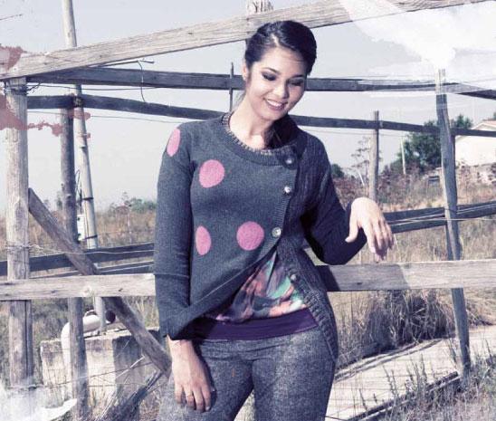 Elisa D'Ospina, burrosa modella nostrana