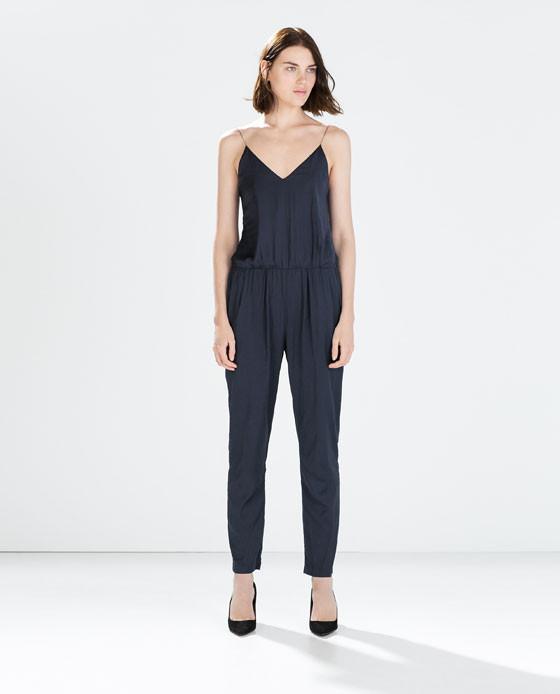 Silhouette morbida per la tuta Zara
