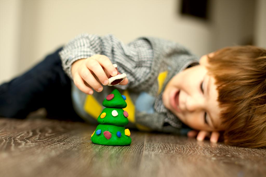 Lavoretti Di Natale Con Pasta Fimo.Come Fare Un Albero Di Natale In Fimo Unadonna