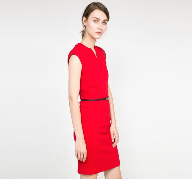 Mango abito rosso con collo stondato e cintura sottile removibile.