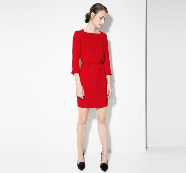 Mango abito rosso on cintura sottile staccabile e scollo quadrato. Manica 3/4.