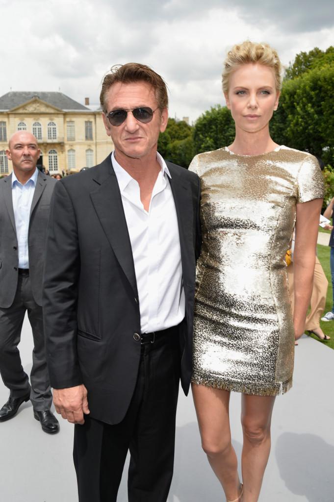 Sean Penn e Charlize Theron al Christian Dior show della Paris Fashion Week - Haute Couture Autunno/Inverno 2014-2015