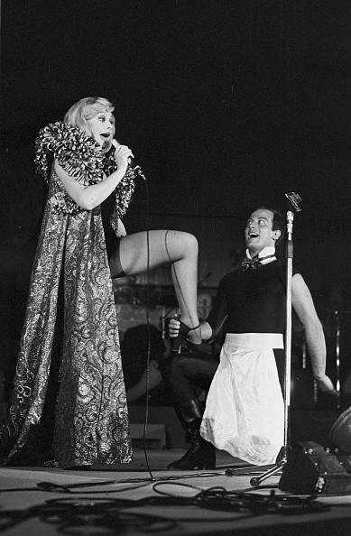 Raffaella Carrà in concerto a Madrid (Spagna), 1977
