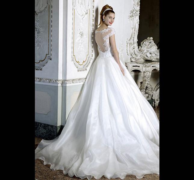 Per sognare ecco l'abito principessa di Atelier Aimèe Montenapoleone