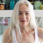 Bellezza over 60: elogio dell'imperfezione