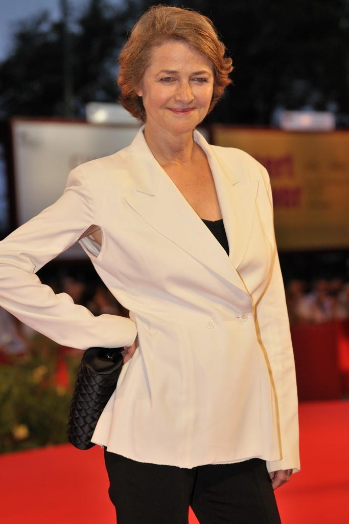 Charlotte Rampling è stata scelta da Nars Cosmetics per rappresentare la filosofia del brand