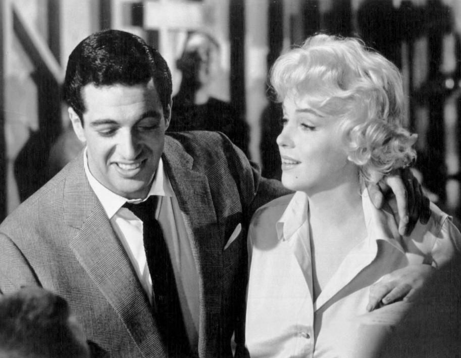 Marilyn Monroe e Frankie Vaughn in Facciamo l'amore