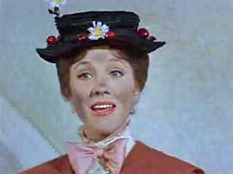 Stile vintage tra merletti e cappelli a Carnevale, Mary Poppins