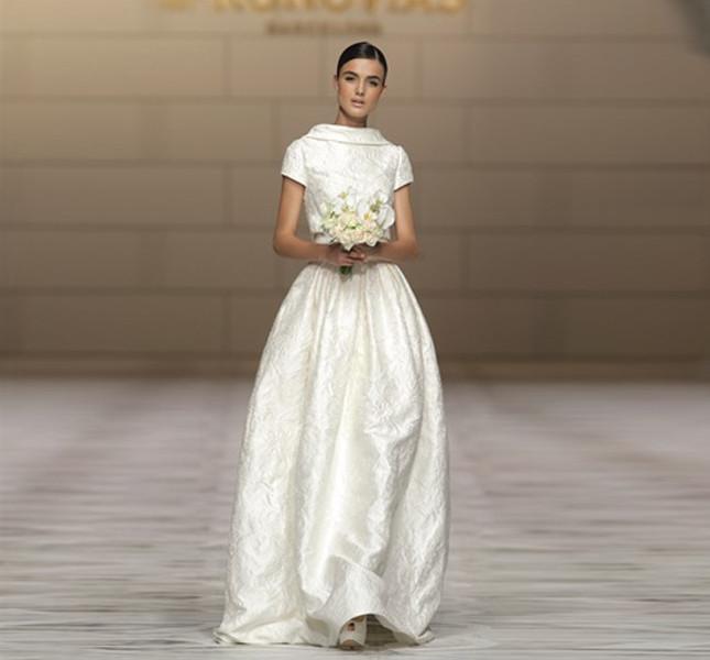 8763f9839a79 Abiti sposa pronovias outlet – Abiti in pizzo