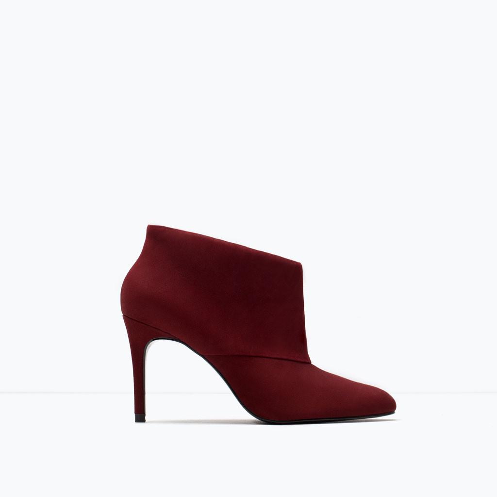 Stivalette in pelle con tacco stiletto rosso borgogna Zara