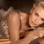 Charlize Theron nella campagna per J'adore di Dior