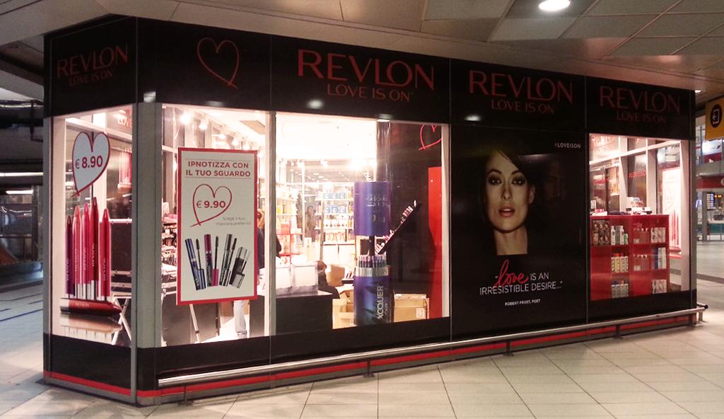 Revlon Love is On è la filosofia ispiratrice dell'amore e della cura per se stesse