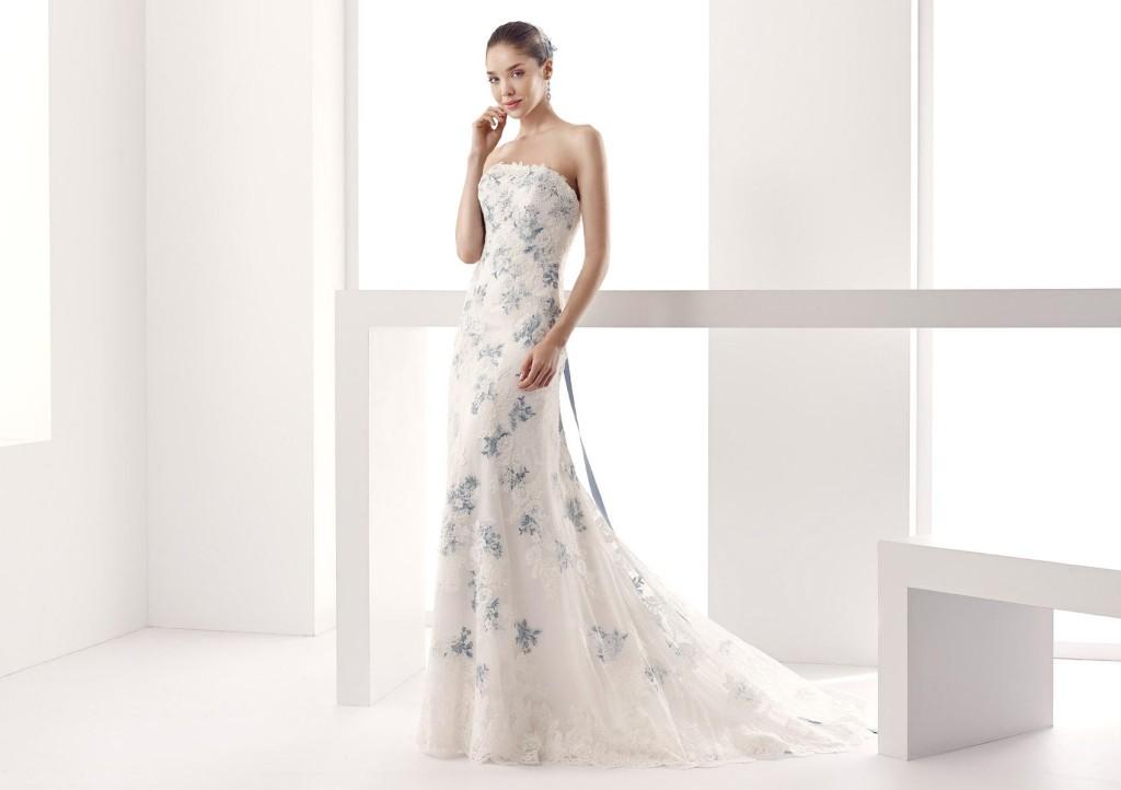 abito sposa jolie in pizzo bianco e azzurro