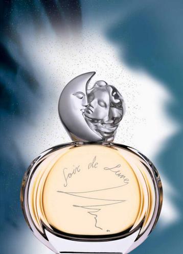 la fragranza Soir de Lune di Sisley è perfetta per gli animi romantici