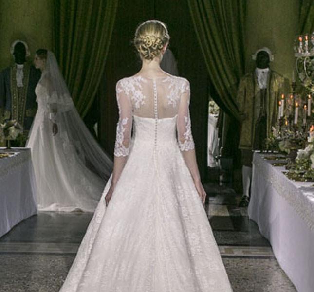 Modello Maria Antonietta, proprio come suggerisce il nome, un modello per vere principesse.