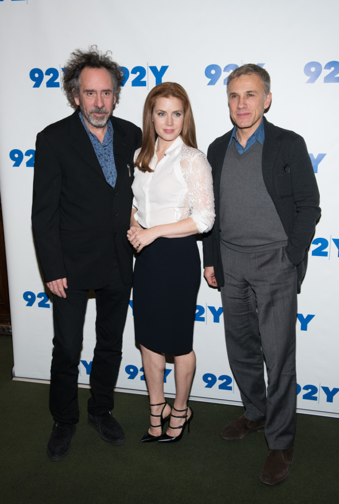 Amy Adams ama lo stile classico e sceglie un completo camicia e gonna per la prima di Big Eyes con Tim Burton e Christoph Waltz