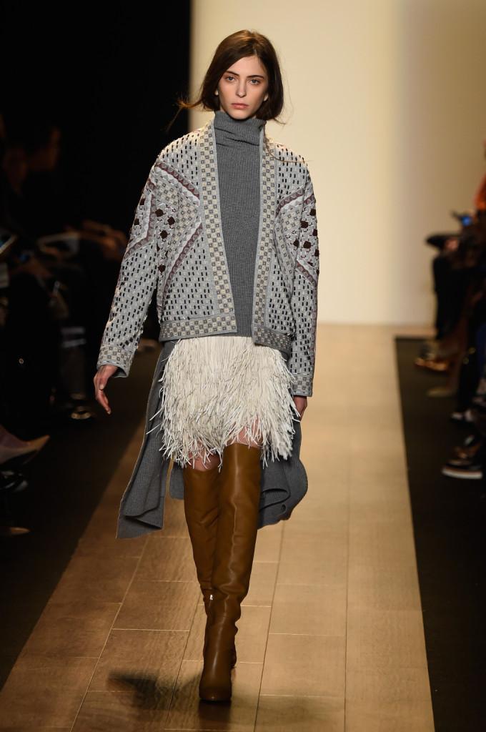 Giacca cardigan in lana con lavorazioni geometriche