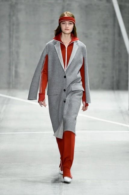 Lacoste giacca dritta e lunga fino al ginocchio