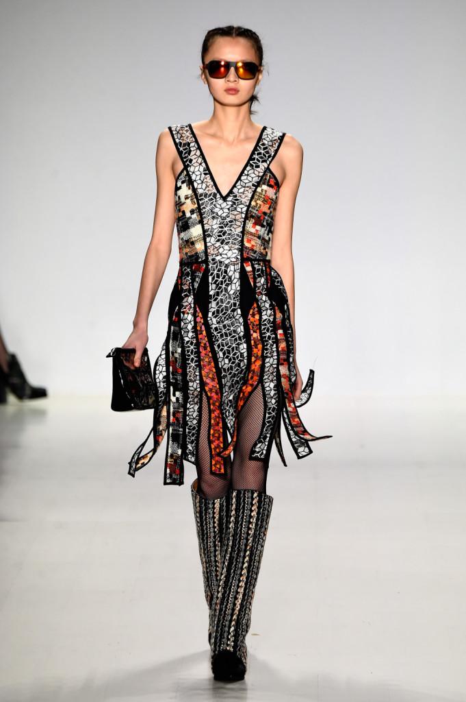 Almeno una volta vorremmo tutte indossare un vestito come questo Custo Barcelona