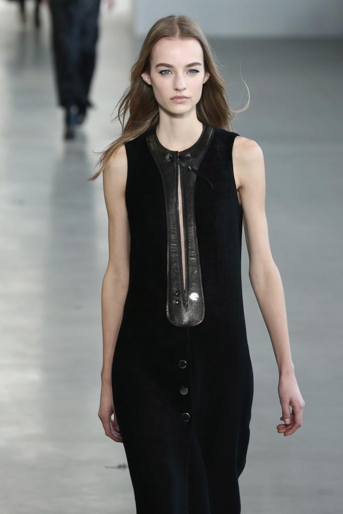 Calvin Klein Collection - Abito lungo senza maniche con dettaglio in pelle e borchie