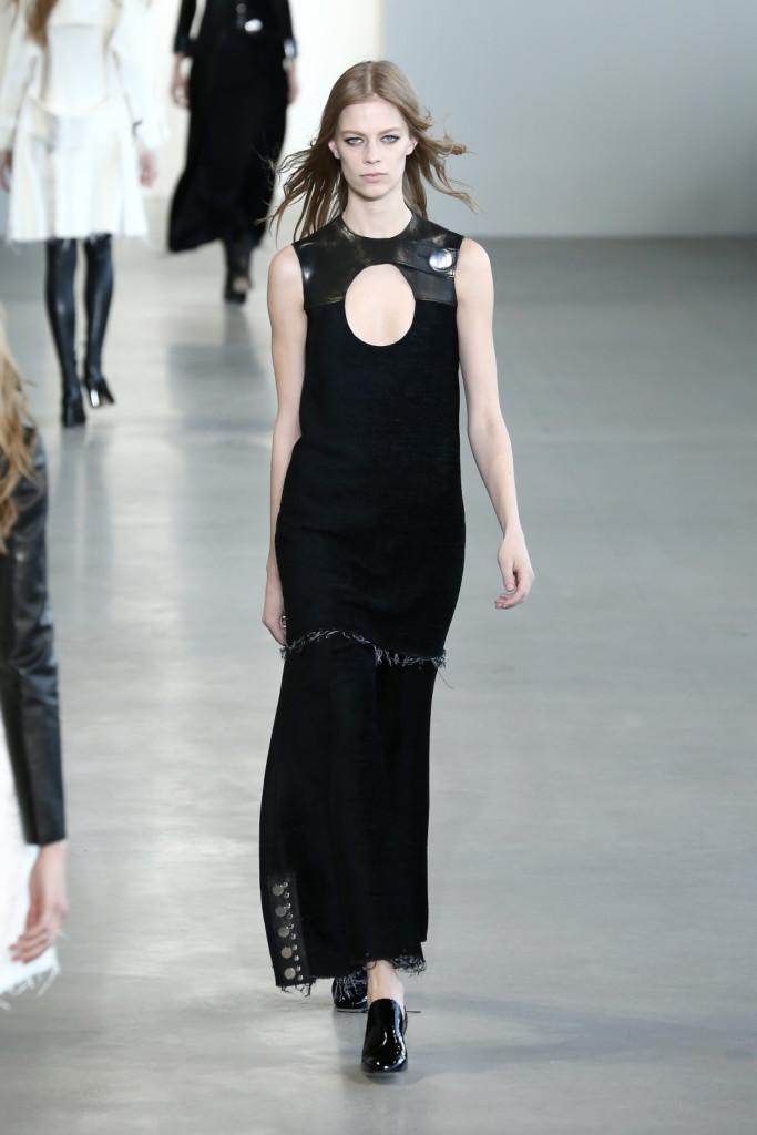 Calvin Klein Collection - Abito lungo con dettagli in pelle e borchie