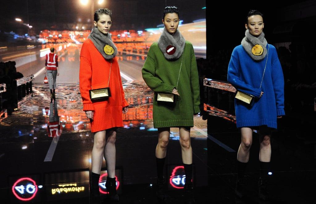 Tinte strong alla London Fashion Week (Anya Hindmarch)