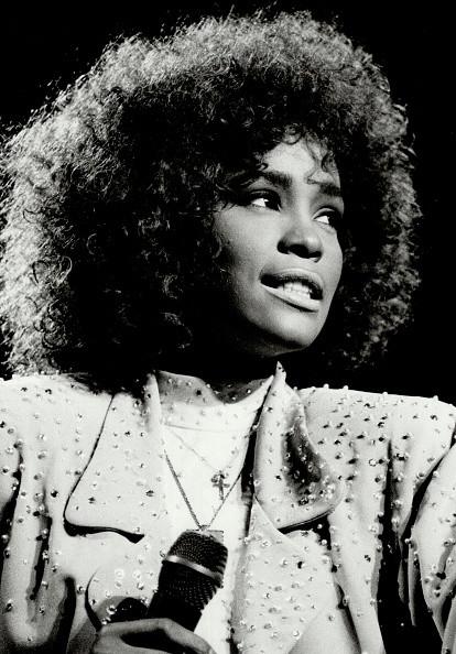Una  Whitney Houston agli inizi della carriera