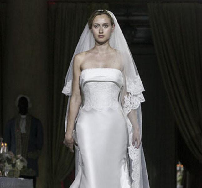 Modello Maria Amalia, firmato Miccio.